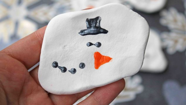 Clay Melted Snowmen Magnets – Kid Craft