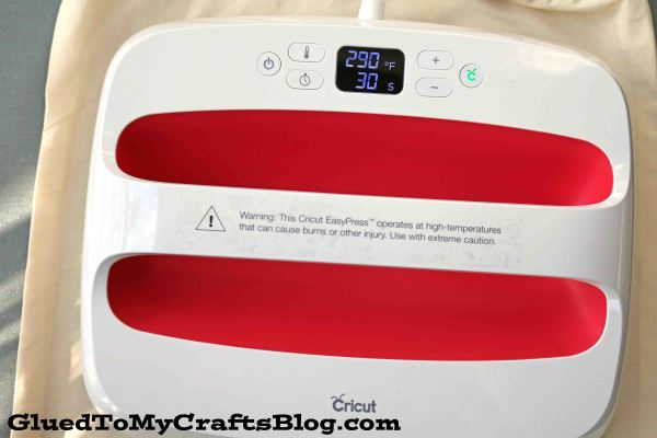 Cricut EasyPress 2 Machine Review From Glued To My Crafts