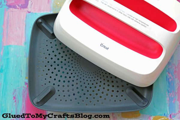 Glued To My Crafts Cricut EasyPress 2 Review