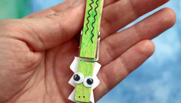 Clothespin Alligator - Kid Craft Idea