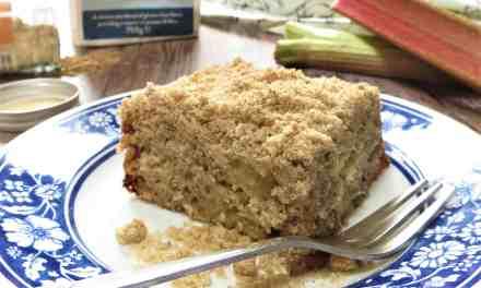 Rhubarb & Ginger Crumble Cake