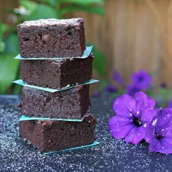 Beetroot-Brownie-gluten-free-2