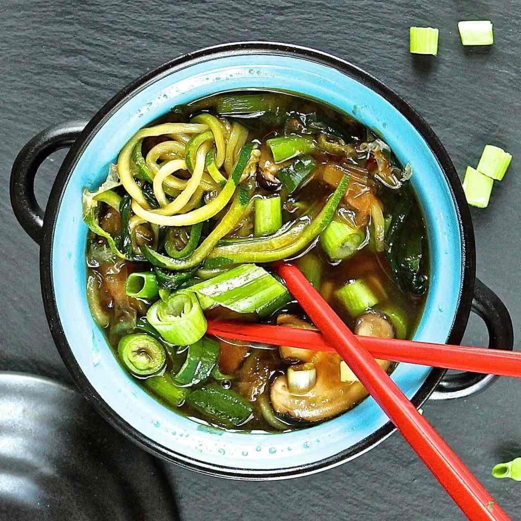 courgette-noodles-soup