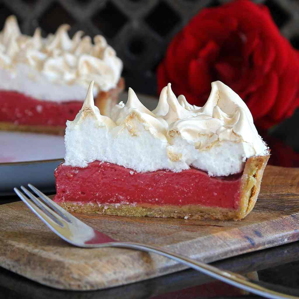 raspberry-meringue-pie