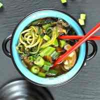 spiralized-zucchini-soup