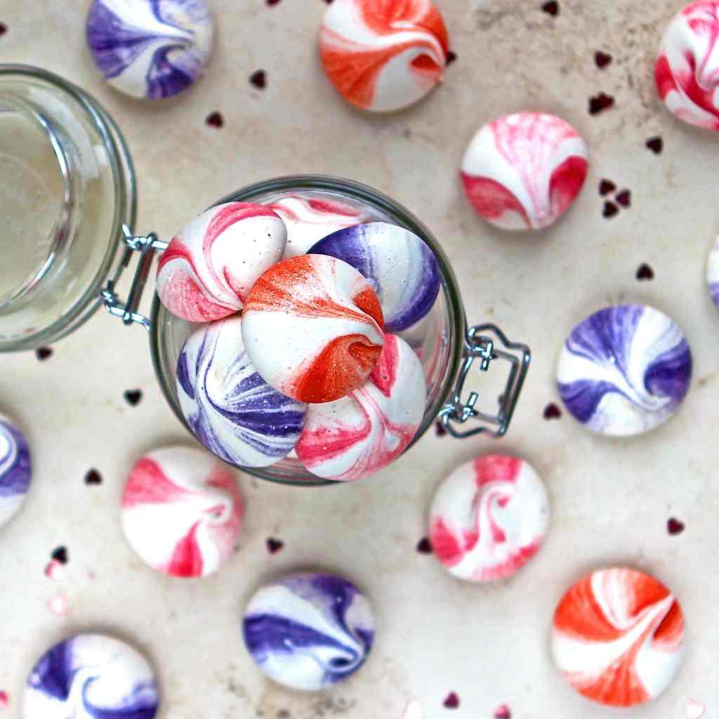 mini-meringue-bites-jar