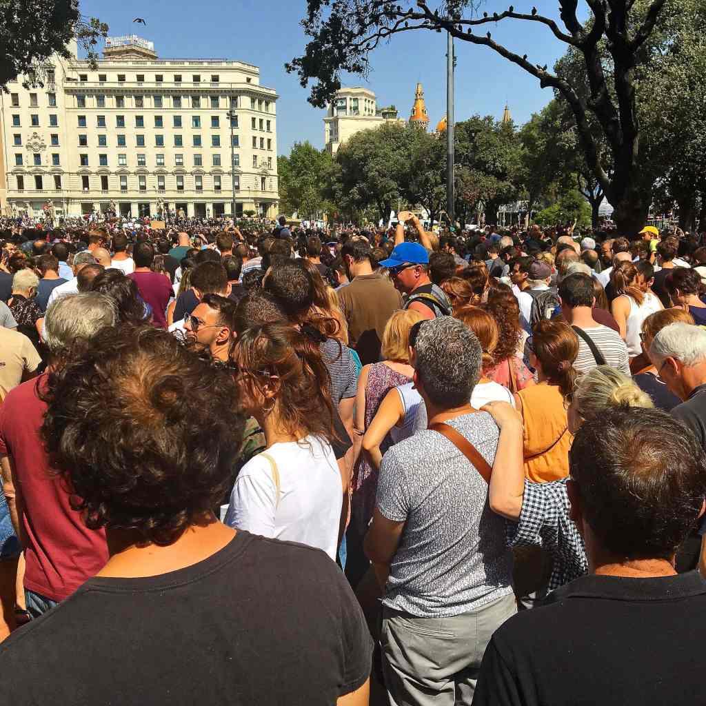 barcelona-rally-following-terror