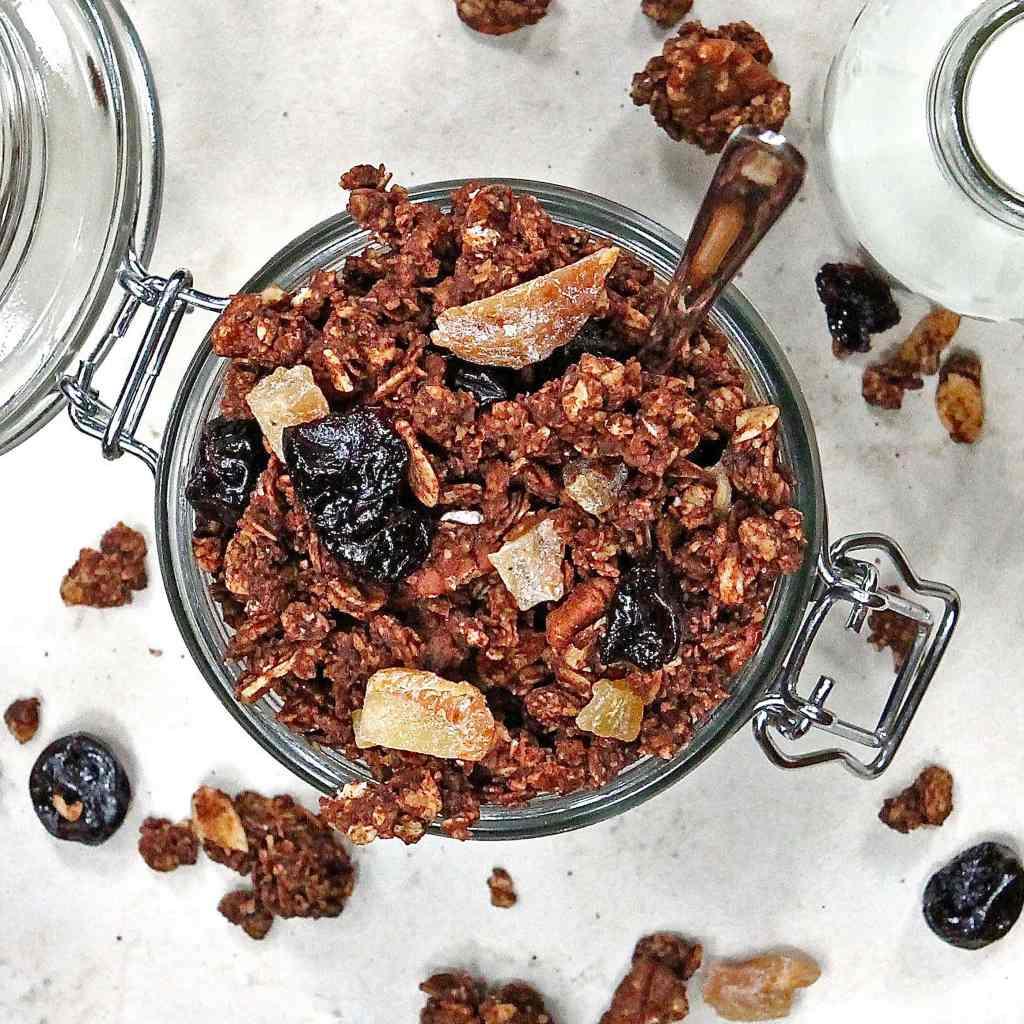 healthy-chocolate-granola-recipe