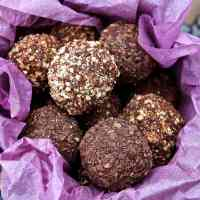 chocolate-truffles-cacao
