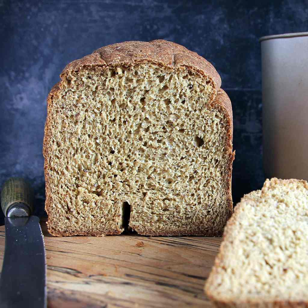 gluten-free-vegan-wholemeal-oat-bread-machine
