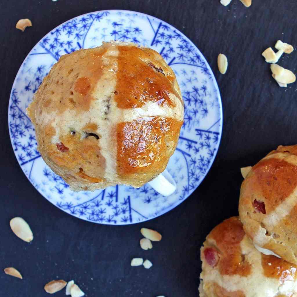marzipan-hot-cross-bun