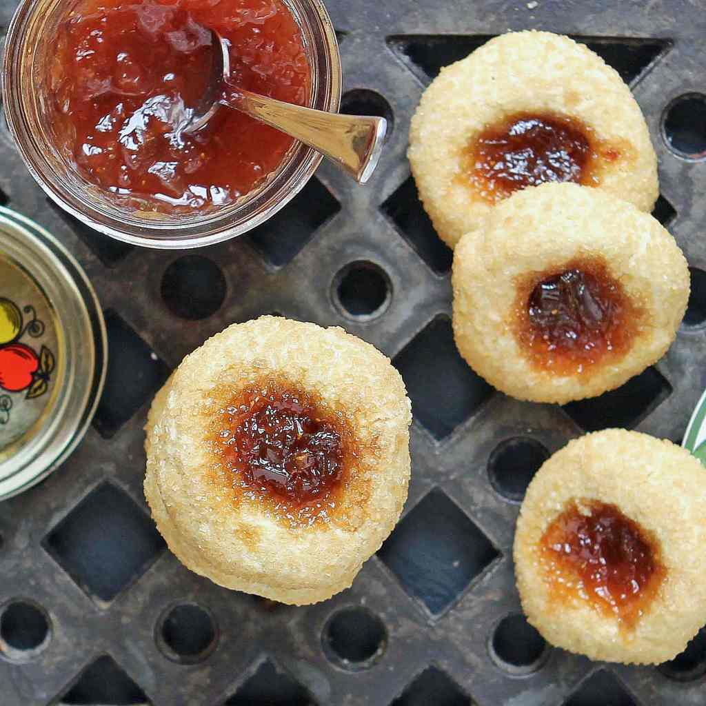 jam-thumbprint-biscuits