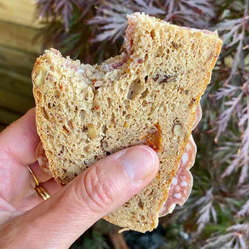 gluten-free-walnut-bread-sandwich
