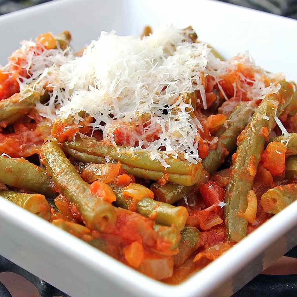 green-beans-and-tomatoes