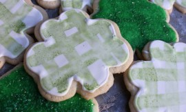 GinghamShamrockCookies1