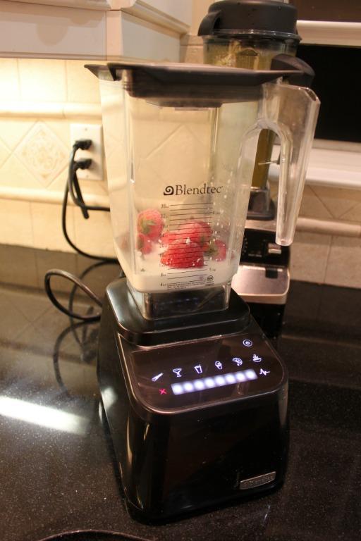 Blendtec vs. Vitamix Blender Review