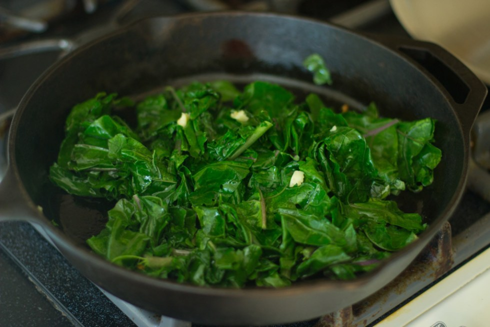 cooked plant in pan