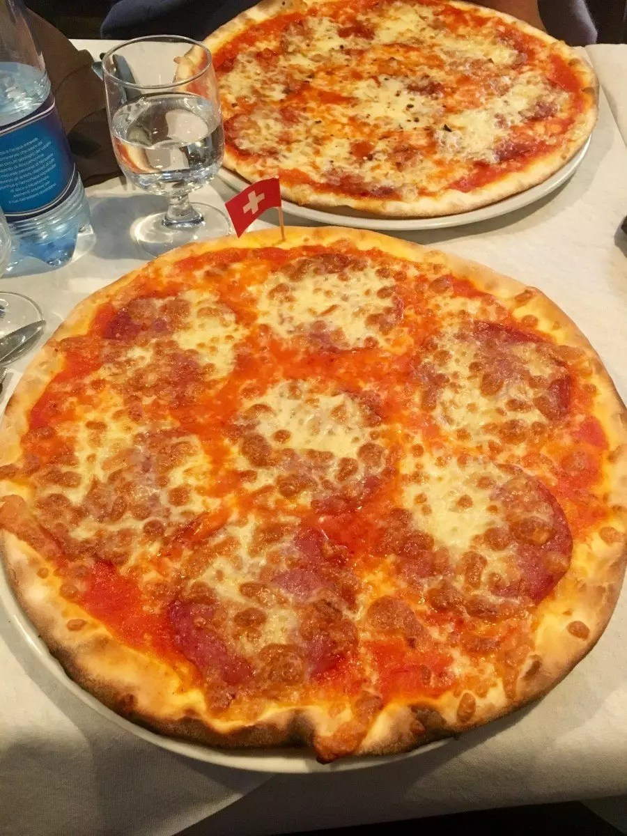 adventures of a gluten free globetrekker Eating Gluten Free in Rome: Voglia di Pizza Rome  Senza Glutine Roma gluten free Rome gluten free pizza Rome coeliac safe Rome