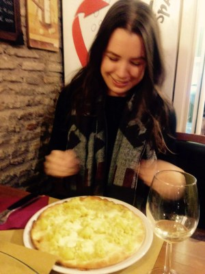 adventures of a gluten free globetrekker luten free potato & cheese pizza