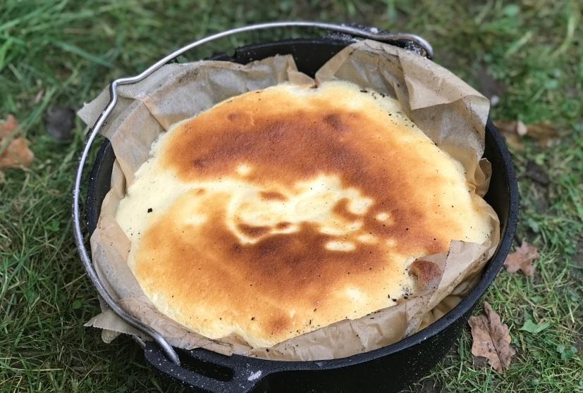 Dutch Oven Kaesekuchen