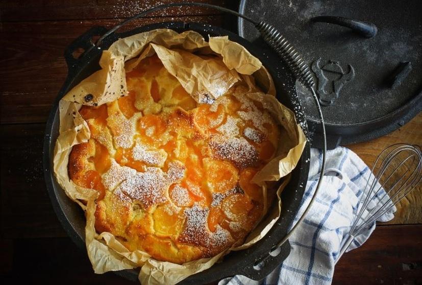 Buttermilch-Rührkuchen mit Aprikosen