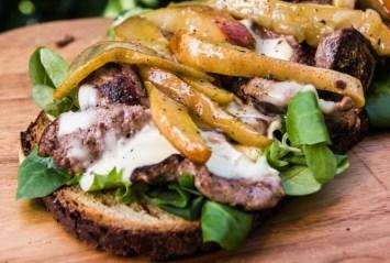 Sandwich mit Birnen