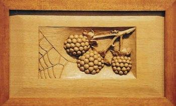 Berries & Web decorative plaque