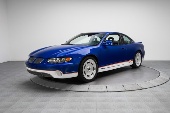1999-Pontiac-Grand-Prix-GTP_259670_low_res