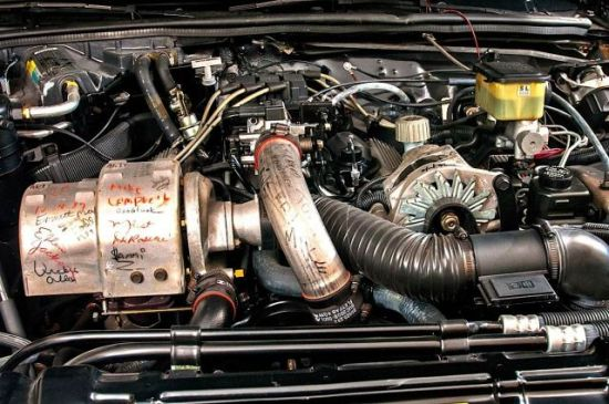 Last-GNs-signed-engine--640x425