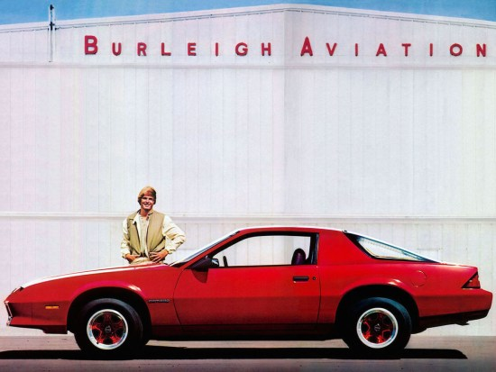 Chevrolet-Camaro-Sport-Coupe-1982–1984