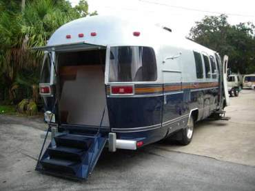 airstream-hurse-back-2