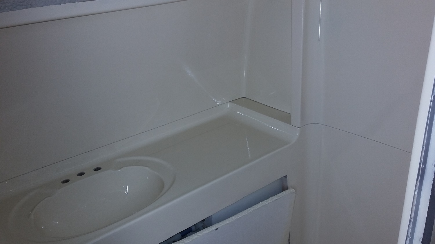 white-bathroom-4