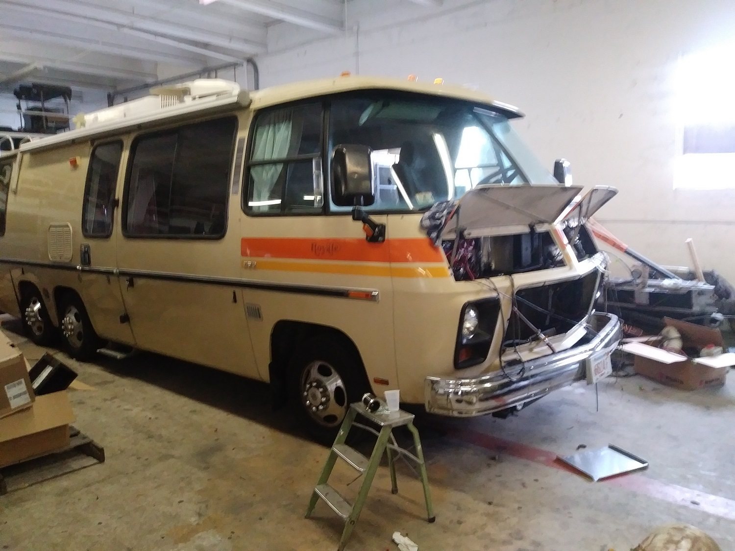 gmc motorhome suprise el ii air compressor replacement and more Chevrolet TrailBlazer Fuse Box our ambulance remount program is awesome but i still have piles of gmc stuff to do so that\u0027s on me! actually i just finished a repair project you guys might