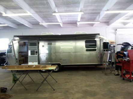 Electric-awning-Airstream