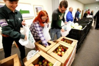 cvmc_vt_food_bank_mobile_food_pantry_s-770x514