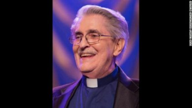 Photo of Trinity Broadcasting Network co-founder Paul Crouch dies at 79