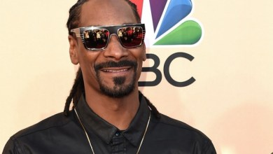 Photo of Snoop Dogg Sings 'I'd Rather Have Jesus than Silver and Gold'