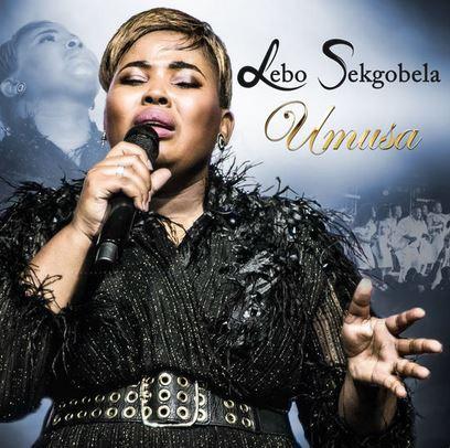Umusa (Live) - Lebo Sekgobela