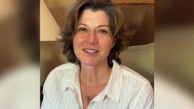 Photo of Amy Grant Shares 'Miraculous' Recovery from Heart Surgery + Scar Photos