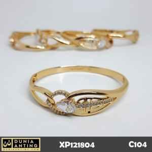 C104 Gelang Bracelet Lapis Emas 18K Imitasi Motif Love Mata Berlian
