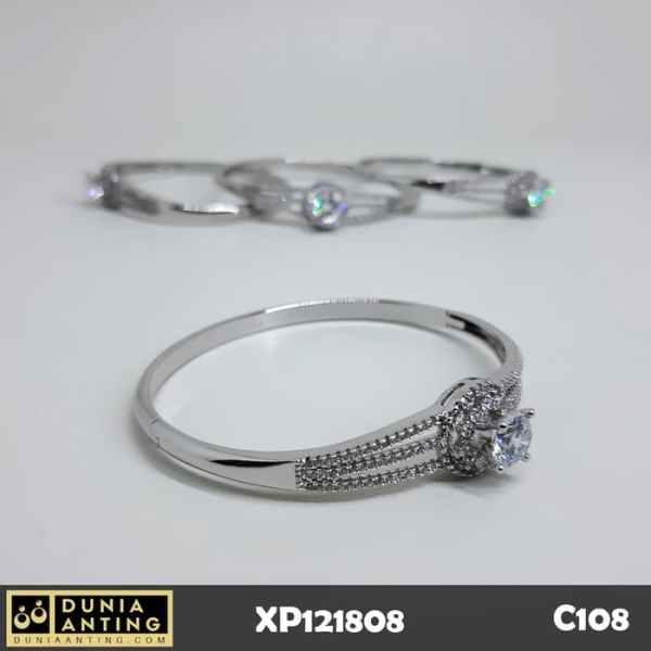 C108 Gelang Silver Platinum Bracelet Motif Triple Mata Besar Swarovski