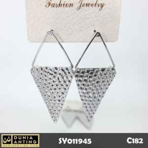 C182 Anting Tusuk Model Wajik Segitiga Platinum Silver Earrings 6cm