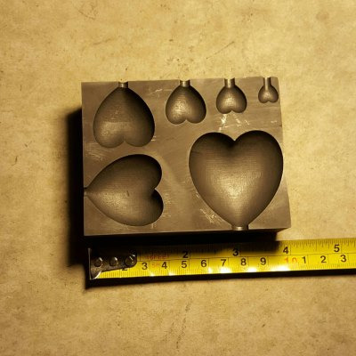 This is our Graphite Multi Heart Mold