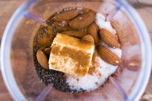 Keto Bulletproof Hot Chocolate 🍫#ketohotchocolate #bulletproof #lowcarbchocolate