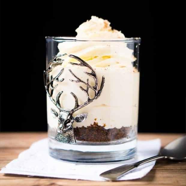 No-Bake Keto Eggnog Cheesecake For 1! 🎄 #ketocheesecake #lowcarbcheesecake