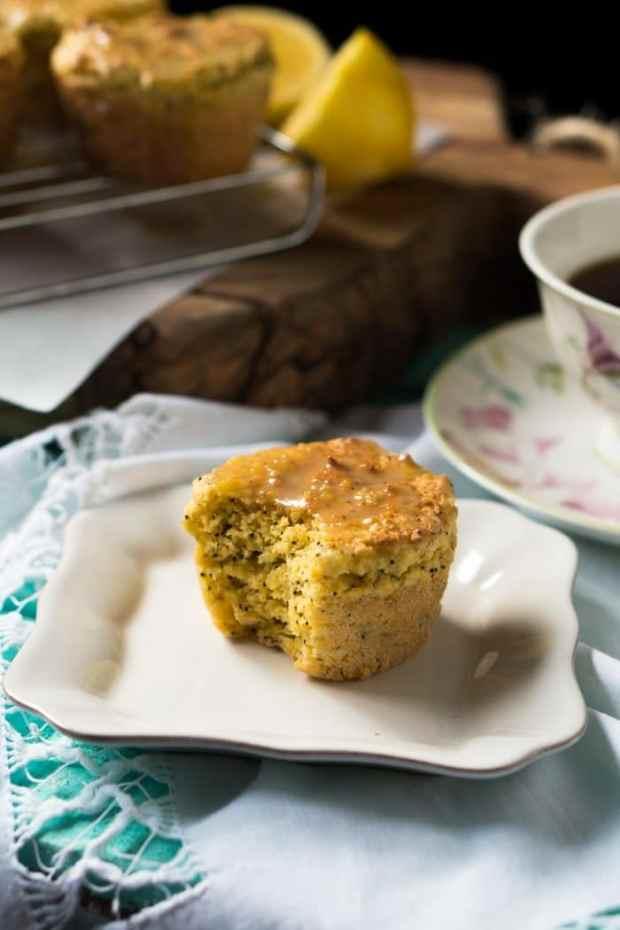 Gluten Free, Paleo & Keto Lemon Poppy Seed Muffins 🍋 3g net carbs a pop! #ketomuffins #lemonpoppyseedmuffins