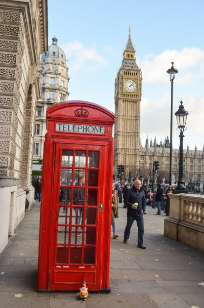 If you're in London, you're not the only tourist that wants to see Big Ben. Expect crowds.