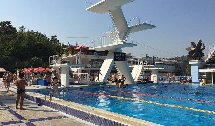 Podolí pool