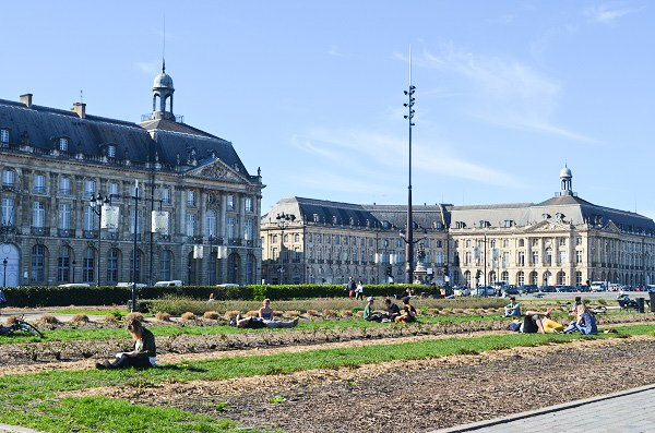 could i live in bordeaux