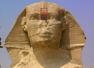 A entrada ao Templo da Esfinge localiza-se na testa da Esfinge, na quarta dimensão